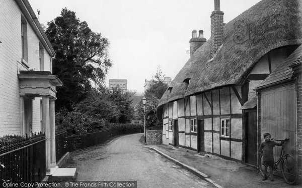 Photo of Winchester, St Cross Village 1919