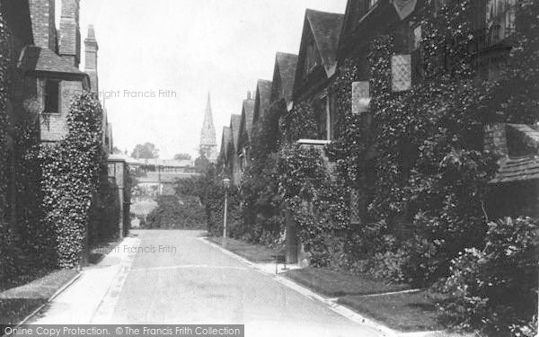 Photo of Winchester, The Close, Dome Alley 1909