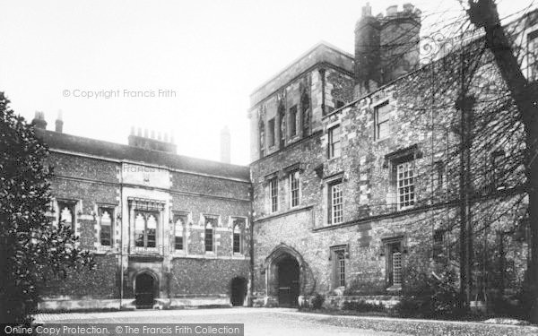 Photo of Winchester, The College, Middle Gate 1909