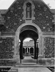 Winchester, The College, War Cloister 1925