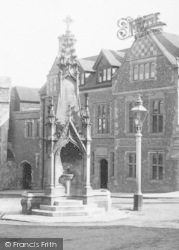 Winchester, The Drinking Fountain 1896