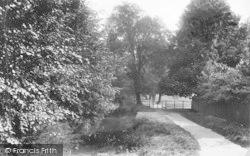 Winchester, The Nuns Walk 1909
