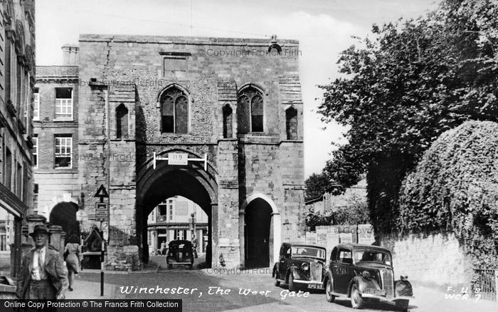 Photo of Winchester, The West Gate c.1950
