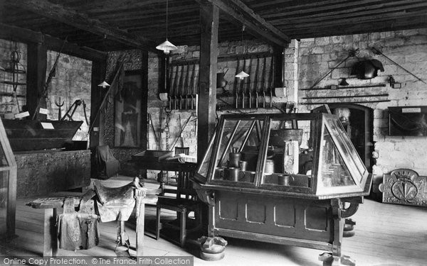 Photo of Winchester, Westgate Museum 1911