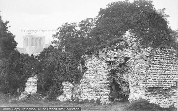 Photo of Winchester, Wolvesley Palace Ruins And Cathedral 1911