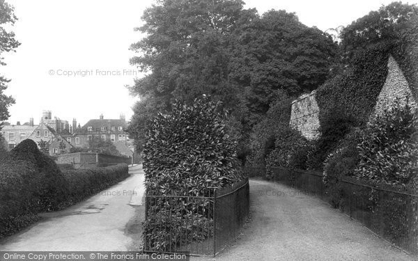 Photo of Winchester, Wolvesley Walk And College 1911