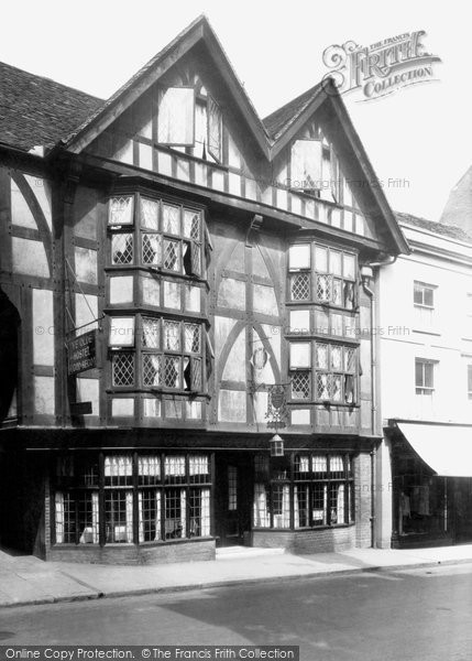 Photo of Winchester, Ye Olde Hostel Of God Begot 1929