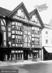 Ye Olde Hostel Of God Begot 1929, Winchester