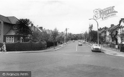 Winchmore Hill, Green Dragon Lane c.1960