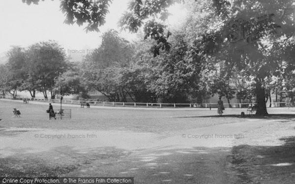 Photo of Winchmore Hill, Grovelands Park c.1955