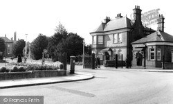 Winchmore Hill, Highlands General Hospital c.1960
