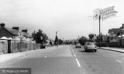 Winchmore Hill, Ridge Avenue c.1960