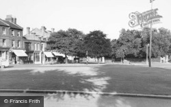Winchmore Hill, The Green c.1960