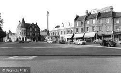 Winchmore Hill, The Green c.1962