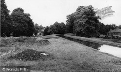 Winchmore Hill, The New River c.1960