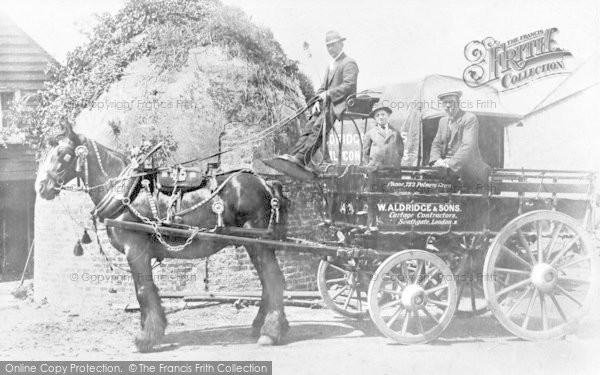 Photo of Winchmore Hill, Winchmore Hill Road, Cart At The Ice Wells 1915