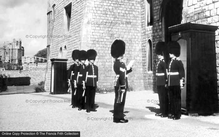 Photo of Windsor, Castle, Changing of the Guard c1960