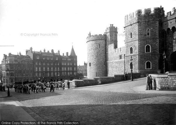 Photo of Windsor, Castle Hill 1937