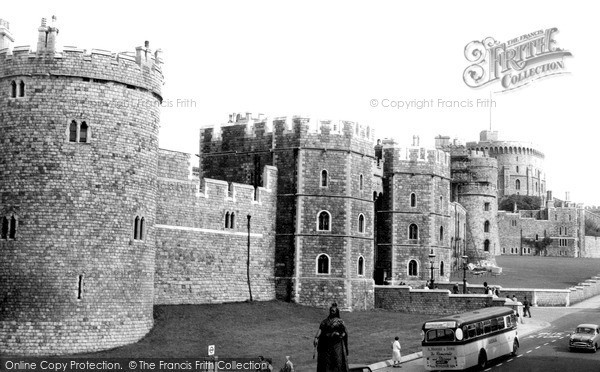 Photo of Windsor, Castle Hill c.1960
