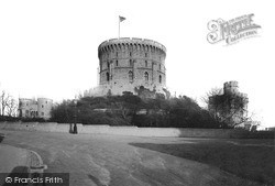 Windsor, Castle, Round Tower c.1890