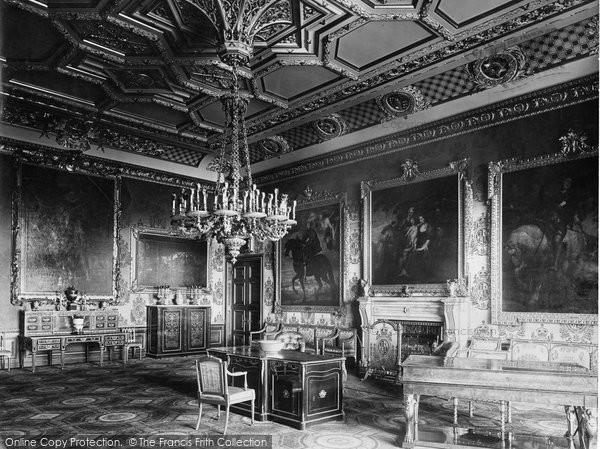 Photo of Windsor, Castle, The Rubens Room 1923