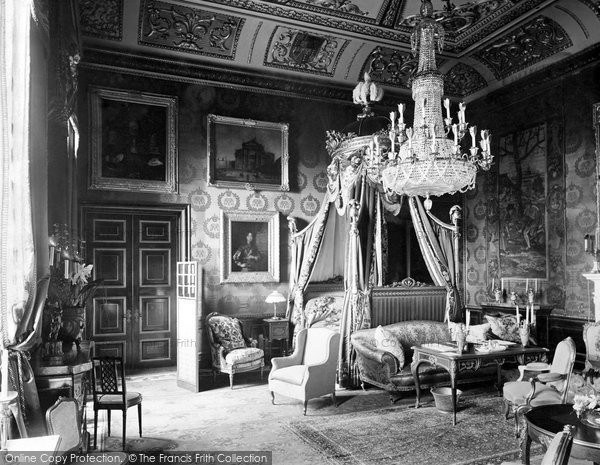 Photo of Windsor, Castle, The State Bedroom 1923