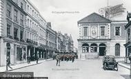 Windsor, High Street and Guildhall 1914
