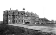 Windsor, King Edward Vii Hospital 1909