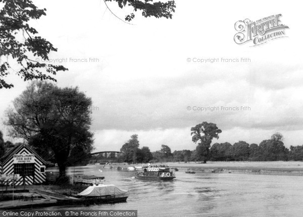 Photo of Windsor, Launch On River Thames c.1950