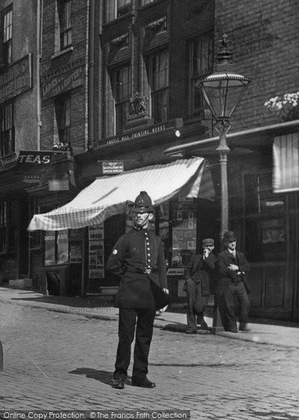 Photo of Windsor, Policeman 1895