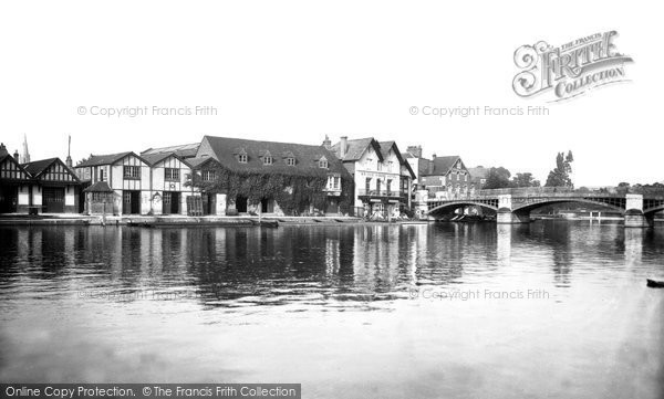 Photo of Windsor, The Bridge House Hotel 1937