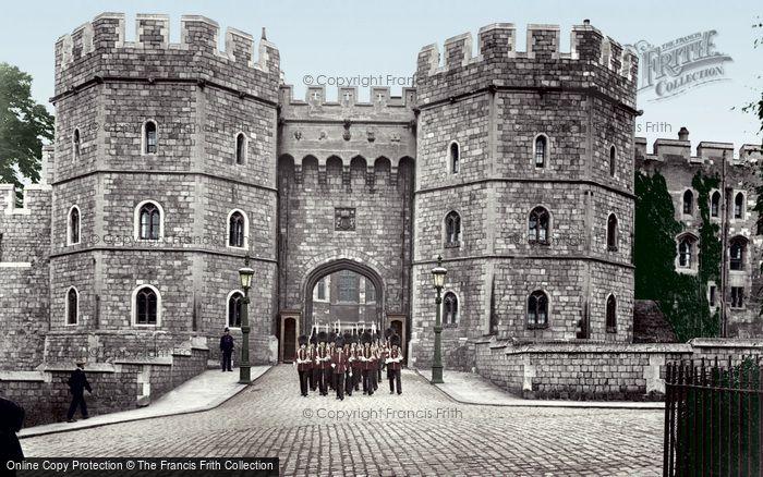 Windsor, The Castle, Henry Viii Gate 1914