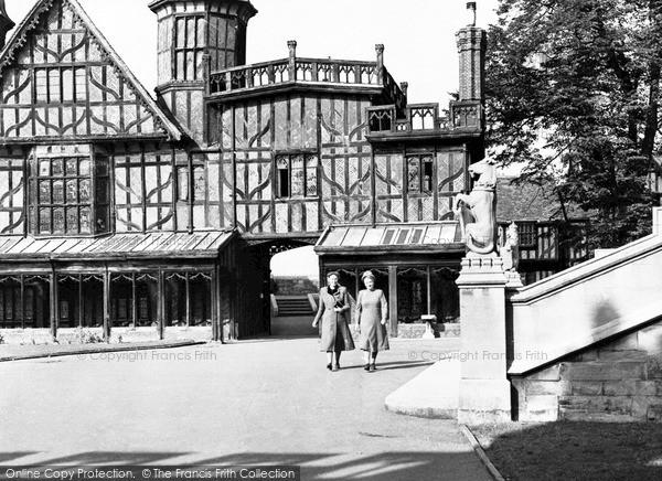 Photo of Windsor, The Castle, Horseshoe Cloister c.1955