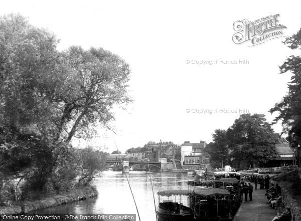 Photo of Windsor, The Promenade c.1946
