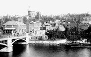 Windsor, Town Bridge and Sir Christopher Wren's House c1900