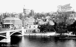 Windsor, Town Bridge And Sir Christopher Wren's House c.1900