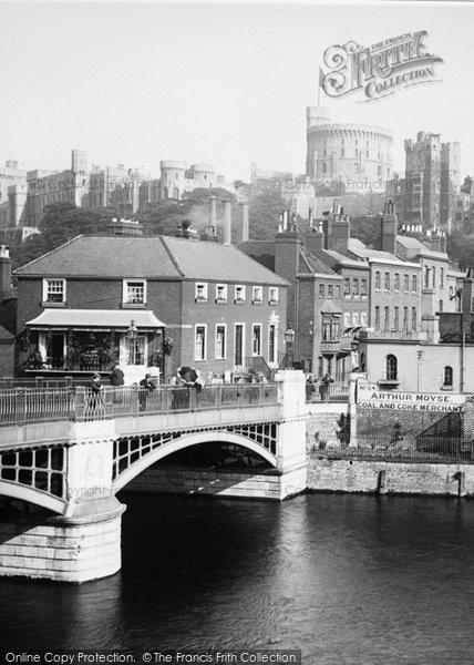 Photo of Windsor, Town Bridge c.1900