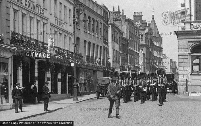 Photo of Windsor, Troops On Parade, High Street 1914