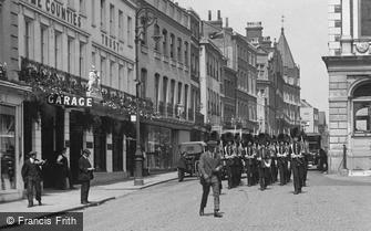 Windsor, Troops on Parade, High Street 1914