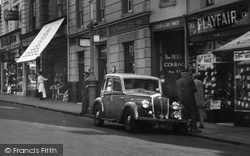 Windsor, Wolseley Car In Peascod Street 1937