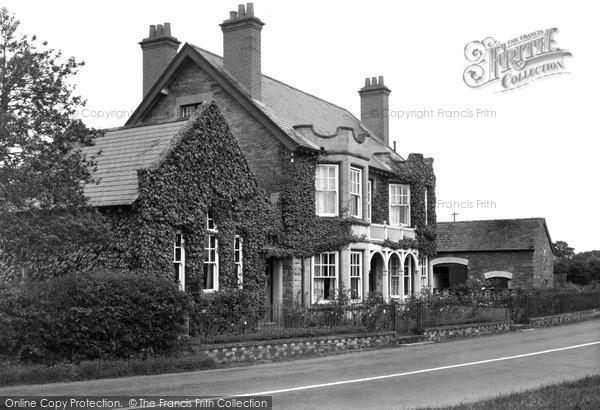 Photo of Winforton, Wyelands Guest House c.1955