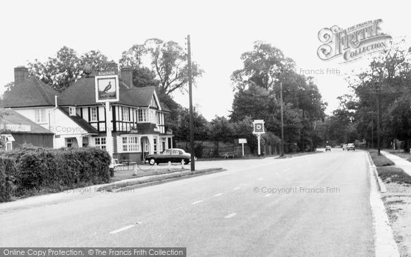 Photo of Winnersh, Reading Road c.1960