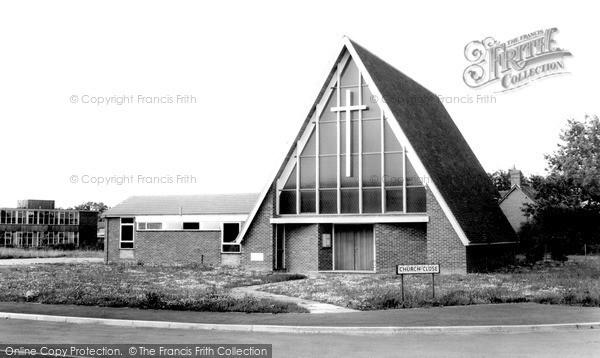 Photo of Winnersh, The Church Of St Mary The Virgin c.1965