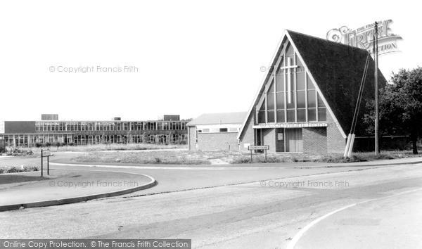 Photo of Winnersh, the Church of St Mary the Virgin c1965