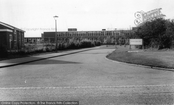 Photo of Winnersh, The Forest Grammar School c.1965