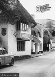 Royal Oak Hotel c.1960, Winsford
