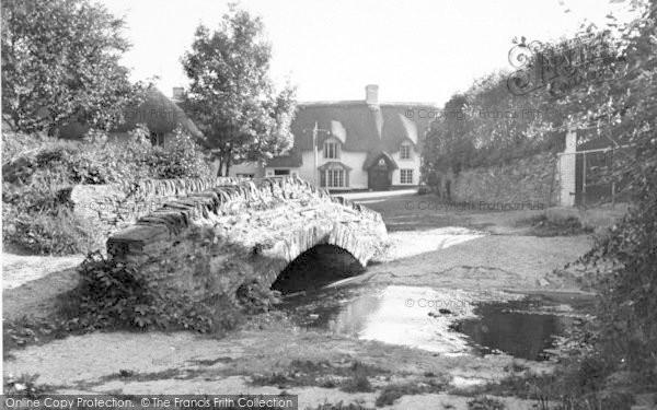 Photo of Winsford, The Royal Oak And Blacksmiths Bridge c.1955