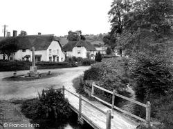Village 1930, Winsford