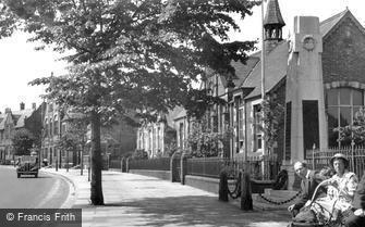 Winsford, War Memorial and Schools c1955