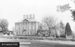 Winslow, Winslow Hall c.1960